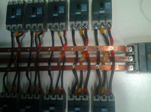 penggunaan busbar panel listrik
