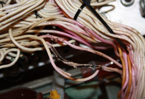 kabel terbakar penyebab kebakaran